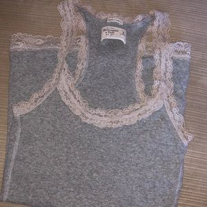 Lot 6 Medium Shirts Express, Abercrombie and more.